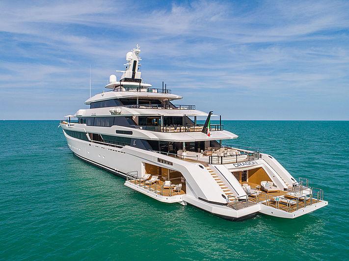 divisione nautica | divisione Yachting | vetreria esinvetro jesi
