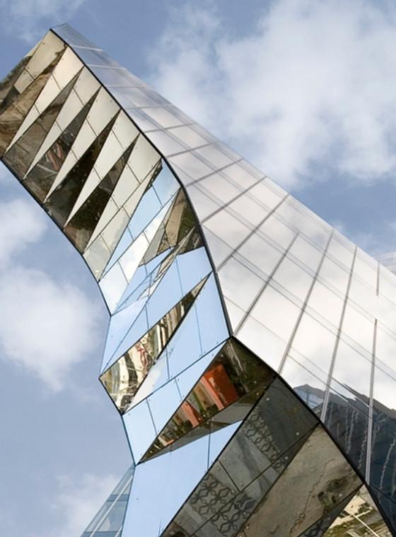 vetro riflettente | stopsol supersilver grigio | vetri privacy | vetri controllo solare | vetreria esinvetro