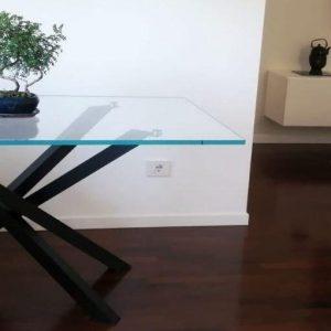 tavolo Shangai in vetro extrachiaro | vetreria Esinvetro Jesi