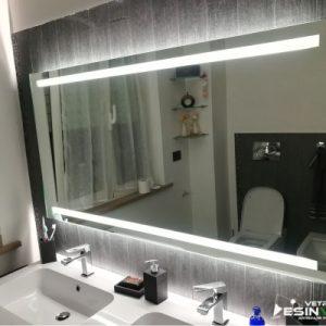 specchio con illuminazione a Led | vetreria Esinvetro Jesi